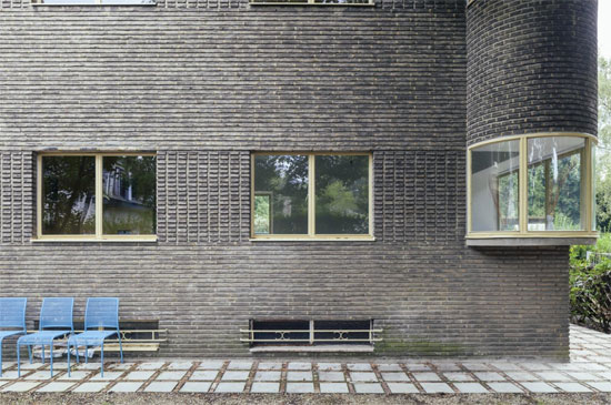 1930s Eduard Van Steenbergen-designed Villa Peirsman in Brasschaat, Belgium