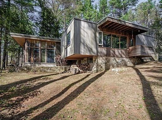 On the market: 1940s Marcel Breuer-designed Chamberlain Cottage in Wayland, Massachusetts, USA