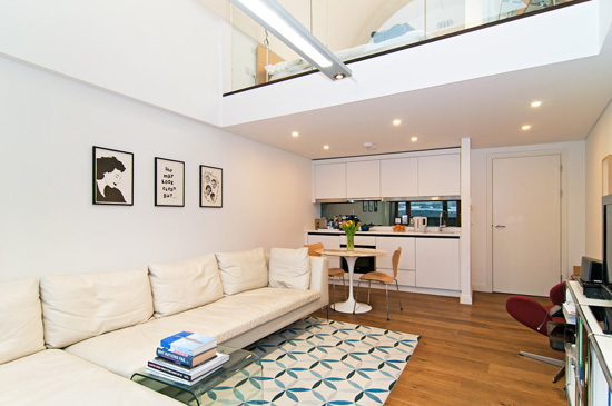 Barbican living: Apartment in Frobisher Crescent on the Barbican Estate, London EC2Y