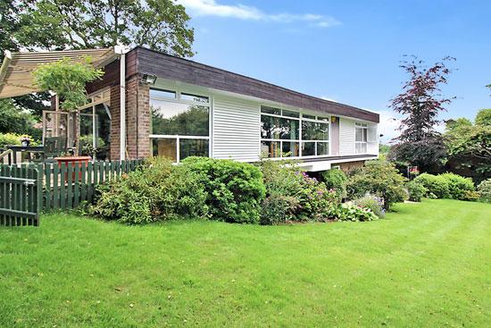 1960s modernist property in Bramcote, Nottinghamshire