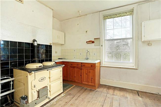 1930s Fayard House property in Bath, Somerset