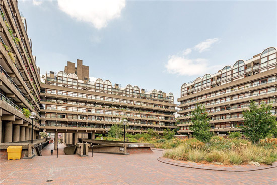 Apartment in Bunyan Court on the Barbican Estate, London EC2