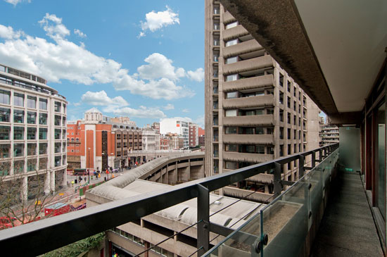 Barbican living: Apartment in Seddon House on the Barbican Estate, London EC2