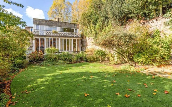 1930s Hermann Zweigenthal modernist property in Hampstead, London NW3