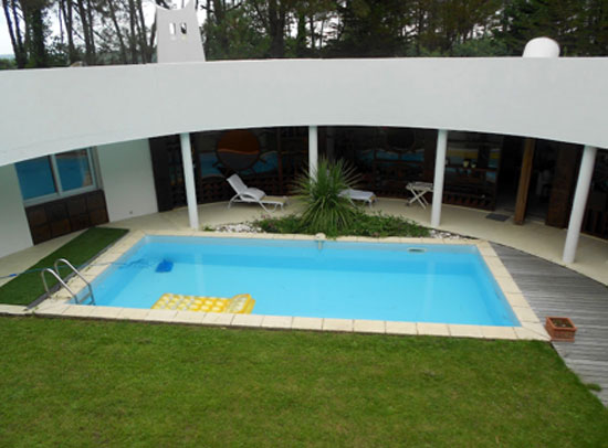 1970s Roger Le Flanchec-designed modernist property in Baden, Brittany in north west France