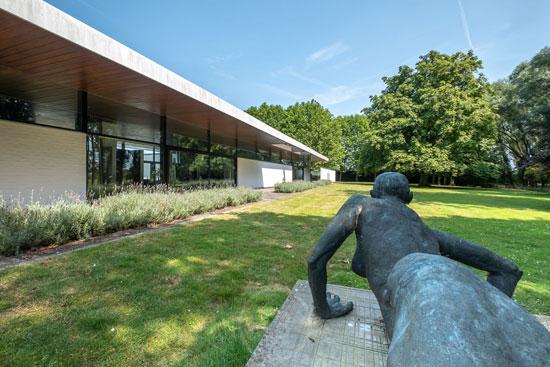 1960s Konstrukto modern house in Tielt, Belgium