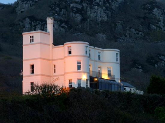 On the market: 11 bedroom art deco-style hotel in Barmouth, Gwynedd, North Wales