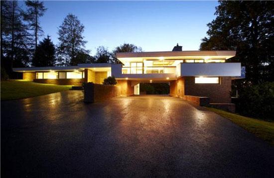1960s grade II-listed Debden Hollow modernist property in Barford, near Warwick, Warwickshire