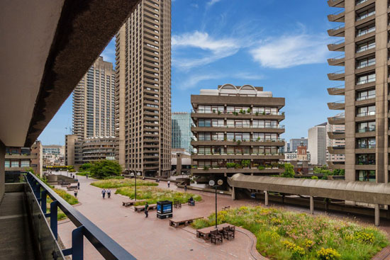 Apartment in John Trundle Court on the Barbican Estate, London EC2Y
