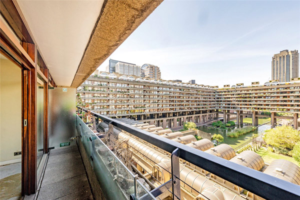 Apartment in Willoughby House on the Barbican Estate, London EC2