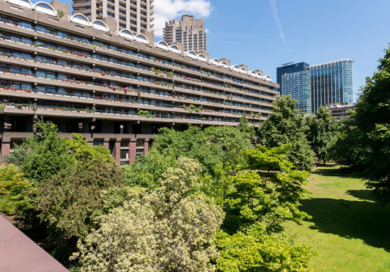One-bedroom Type 53 apartment in the Chamberlin, Powell and Bon-designed Barbican Estate, London EC2