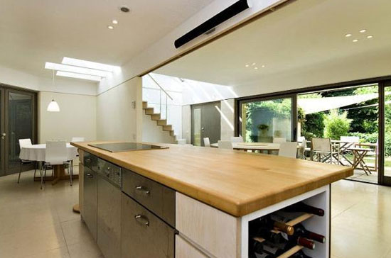 Dayre House modernist property in Bath, Somerset