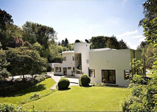1930s Mollie Taylor-designed Kilowatt House art deco property in Bath, Somerset