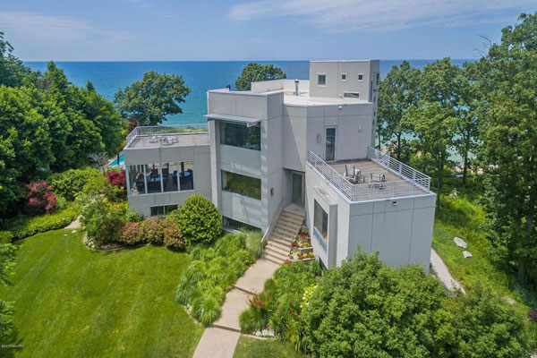 Bauhaus-inspired property in South Haven, Michigan, USA