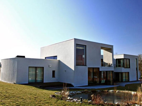 On the market: Four-bedroom contemporary modernist property in Leipzig, Saxony, Germany