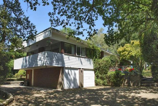 On the market: 1970s modernist property in Beaulieu, Hampshire