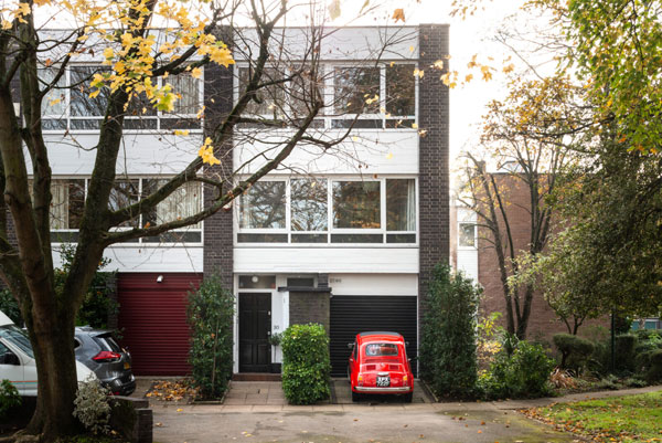 1960s Galberg & Weal modern townhouse in Beckenham, Greater London
