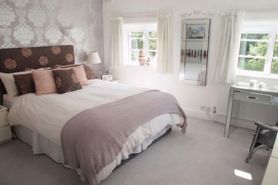 1930s five-bedroom art deco property in Beckenham, Kent