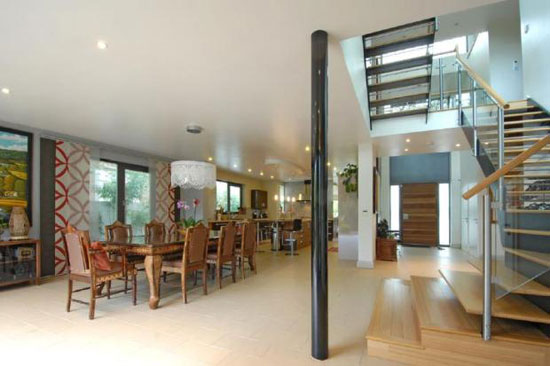 Five-bedroom contemporary modernist house in Beckenham, Kent
