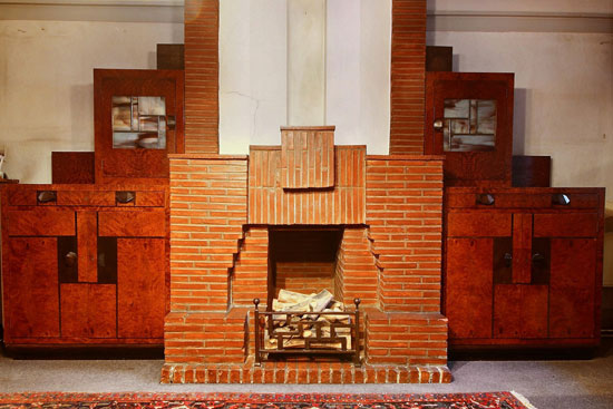1920s art deco time capsule property in Jette, Belgium
