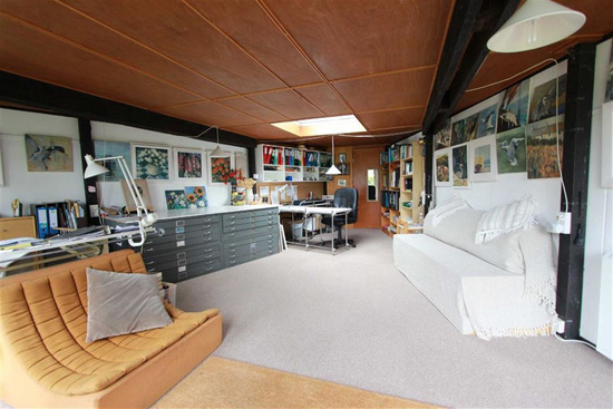 1960s modernism: Four-bedroom property in Benfleet, Essex