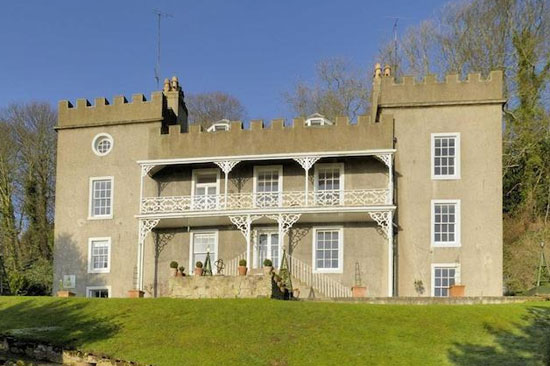 On the market: Renovated grade II-listed Regency property in Berwick-Upon-Tweed, Northumberland