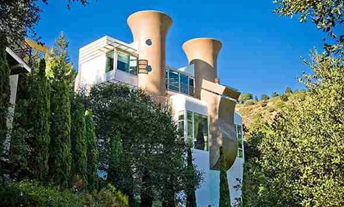 Architect-designed Tunnel Road Castle three-bedroomed house in Berkeley, California, USA
