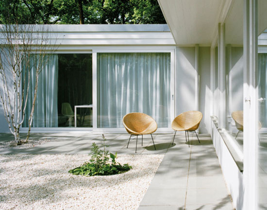 1950s Eduard Ludwig modernist property in Berlin, Germany