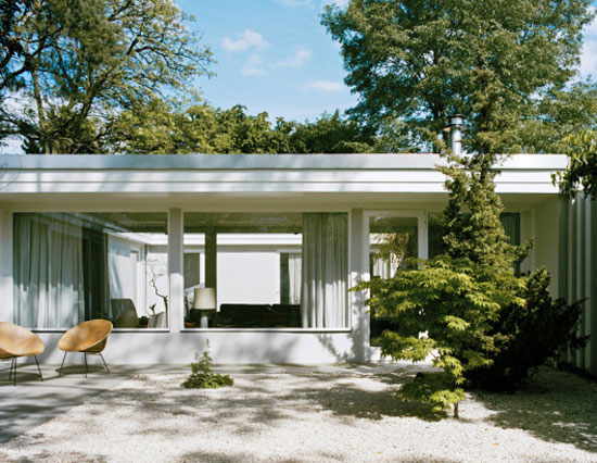 1950s Eduard Ludwig-designed modernist property in Berlin, Germany