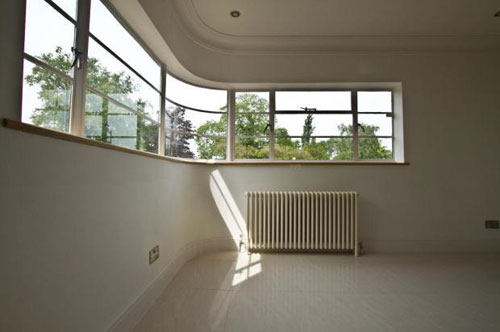 Five-bedroomed art deco property in Bexleyheath, Kent