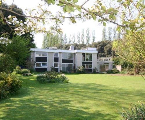 Pict Fenn house in Birdham, Chichester, West Sussex