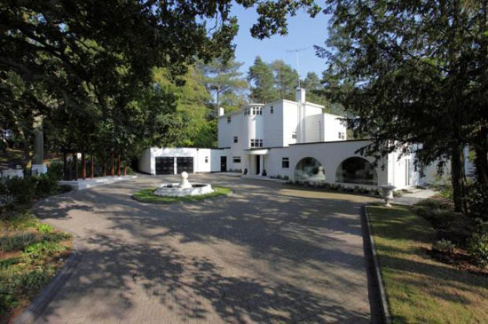 1930s art deco Woodland House in Blakedown, Kidderminster, Worcestershire