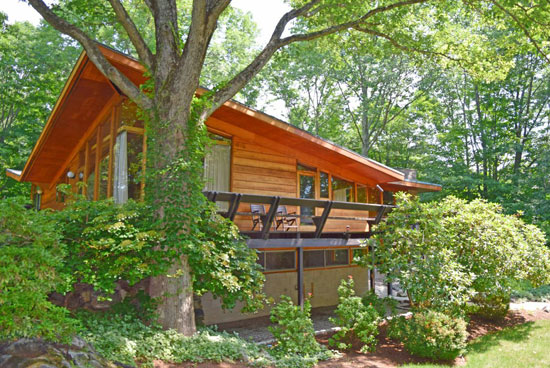 On the market: 1950s David Henken-designed midcentury property in Pound Ridge, New York state, USA