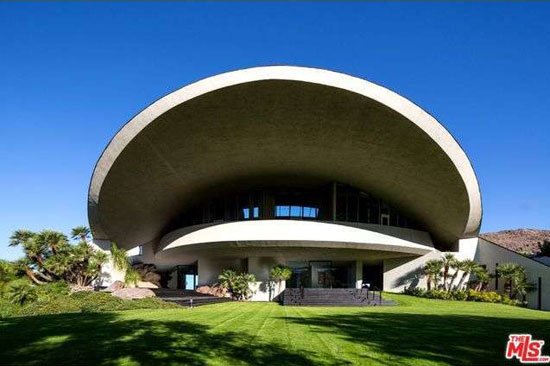 On the market: 1980s John Lautner-designed Bob & Dolores Hope Estate in Palm Springs, California, USA