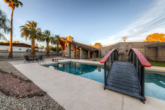 1960s Frank Lloyd Wright-designed property in Boulder City, Nevada, USA