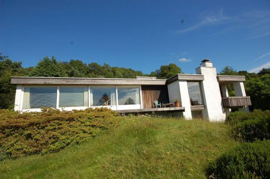 1970s John Gill-designed Crown Field three-bedroom single-storey property in Bowness, Cumbria