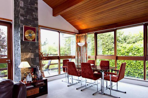 Midcentury-style four-bedroomed house in Bowness-on-Windermere, Cumbria