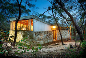 1960s midcentury modern: Robin Boyd-designed Baker House in Long Forest, Victoria, Australia