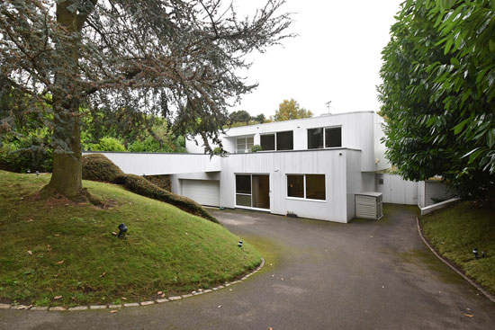 frazer crane designed bridge house modernist property in