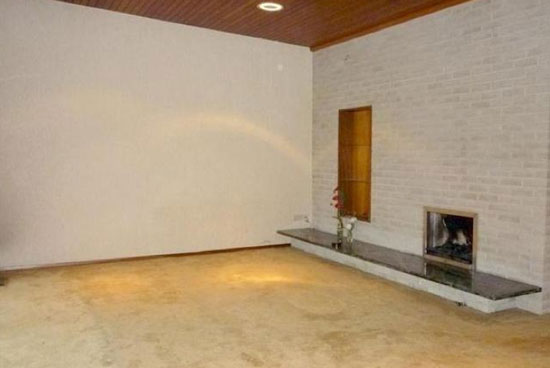 1970s architect-designed three-bedroom bungalow in Saltford, Bristol, Avon
