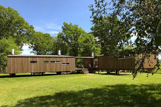 1970s Marcel Breuer-designed Rufus Stillman Cottage in Litchfield, Connecticut, USA