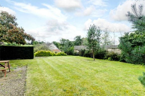 On the market: Individually-designed 1960s property in Burford, Oxfordshire