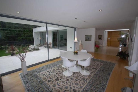 Three-bedroom contemporary modernist property in Bramhall, Cheshire