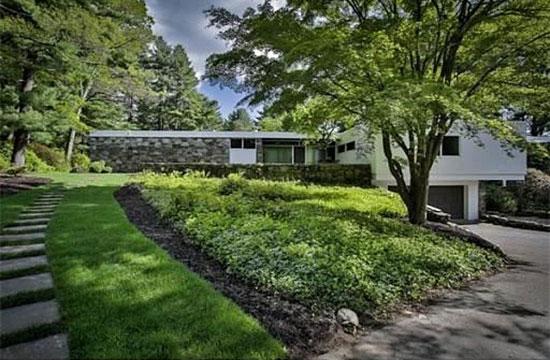1950s Marcel Breuer-designed modernist property in Andover, Massachusetts, USA