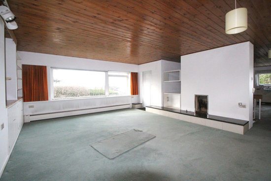 Time capsule for sale: 1960s modernist property in Bromley, Kent