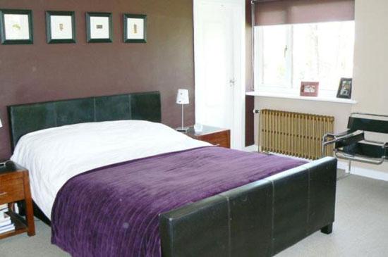 Midcentury-style five bedroom detached house in Brookfield, Johnstone, Renfrewshire