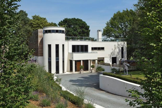 Five-bedroom contemporary modernist property in Broomheath, Woodbridge, Suffolk