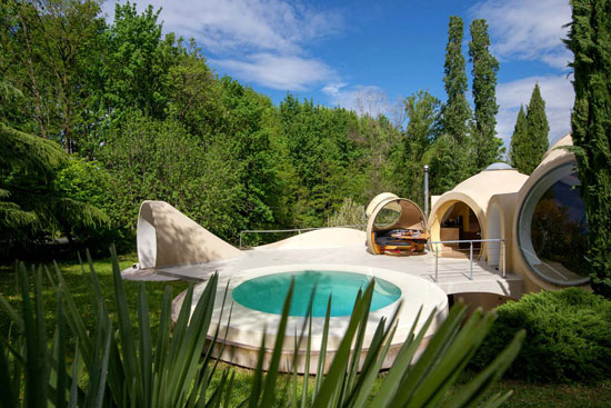 Antti Lovag Bubble House in Fontaines-sur-Saone, France