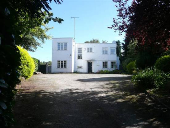 Four-bedroom 1930s art deco house in Burton upon Trent, Staffordshire
