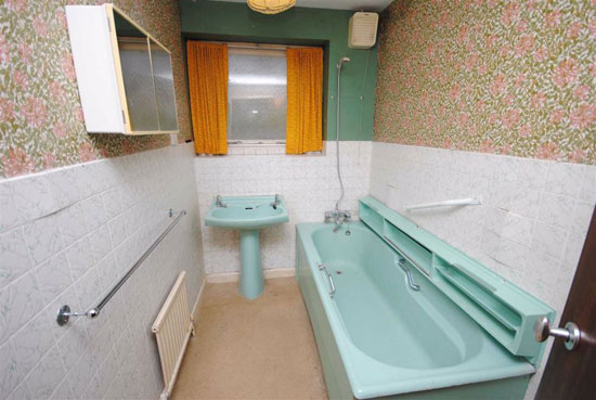 1970s renovation project in Leighton Buzzard, Bedfordshire